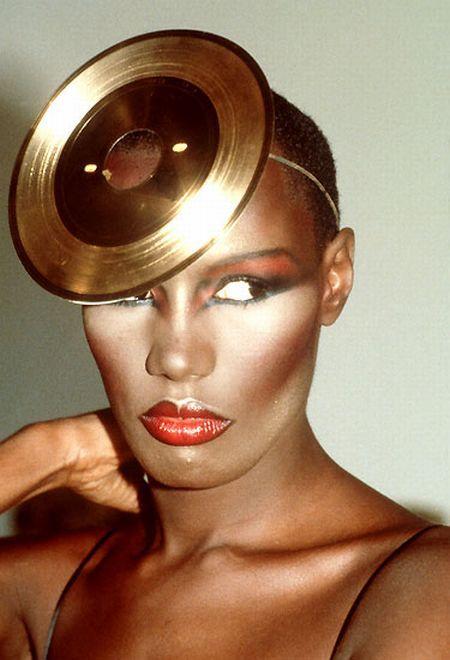 Grace Jones, Venus a degree from Kate Bush's. Sun Taurus, no birth time